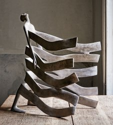 Range of Arts I Sculpture I Isabel Miramontes I Bord de mer